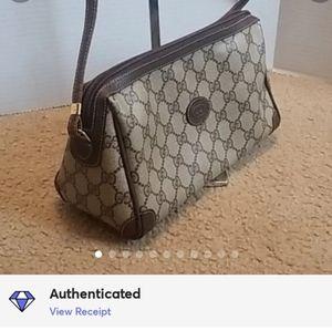 ♥️Beautiful GUCCI Crossbody Bag